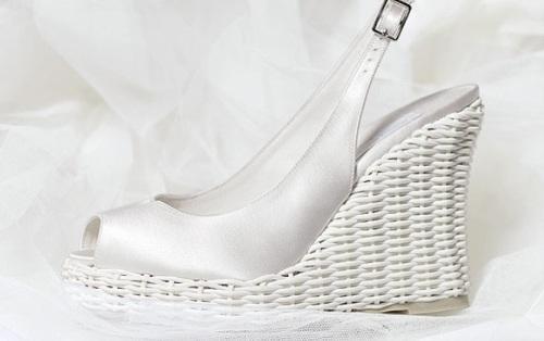 Këpucët e nuses! 1811