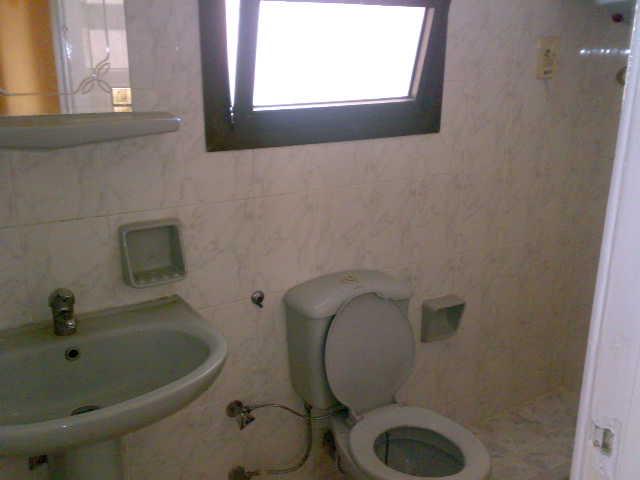 شقة سوبرررر لوكس مكيفة للإيجار في الدور الخامس 4 تكيف -عمارة لاباس  المعمورة الشاطيء Uuuuu100