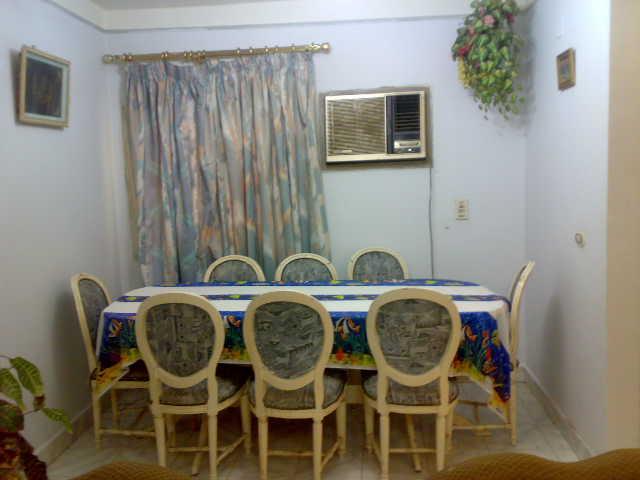 شقة لوكس غرفتين وصالة للإيجار – شارع الشرطة – المعمورة الشاطيء Uuuuu372