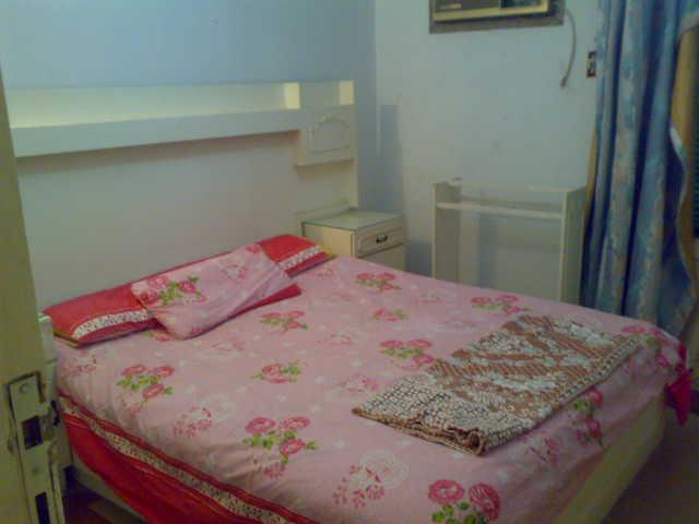 شقة لوكس غرفتين وصالة للإيجار – شارع الشرطة – المعمورة الشاطيء Uuuuu374
