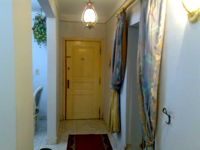 شقة لوكس غرفتين وصالة للإيجار – شارع الشرطة – المعمورة الشاطيء Uuuuu376