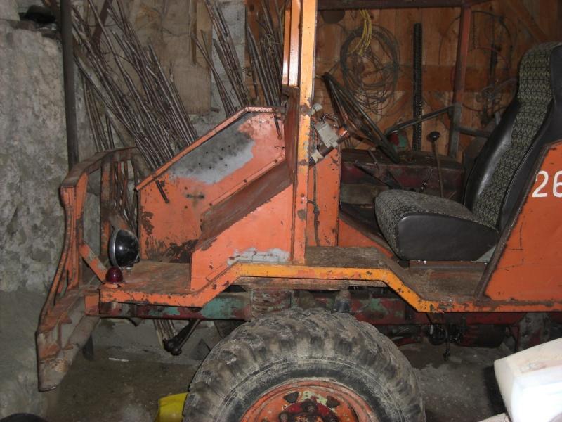 Drôle de tracteur forestier ! Cimg3313