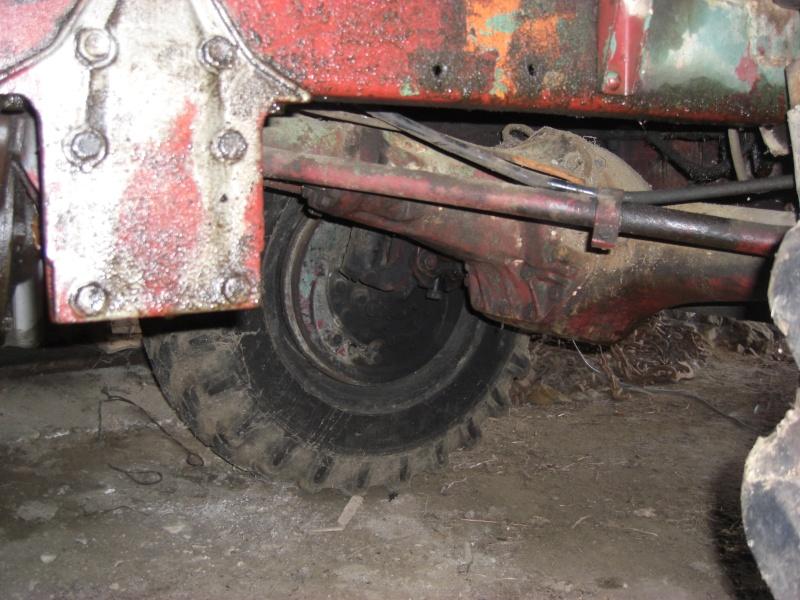 Drôle de tracteur forestier ! Cimg3316