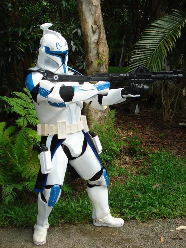 Clone Trooper : Captain Rex - Page 3 Dsc09810