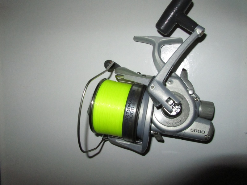 vends 1 moulinet daiwa debrayable sportmatic X 5000 BR Img_0412