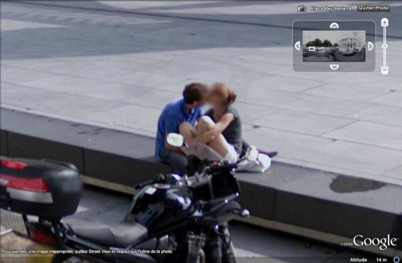"""STREET VIEW : embrassez-vous ... vous êtes photographiés ! (Répliques de la photo """"Le baiser de l'Hôtel de Ville"""" de Robert Doisneau) Baisa10"""