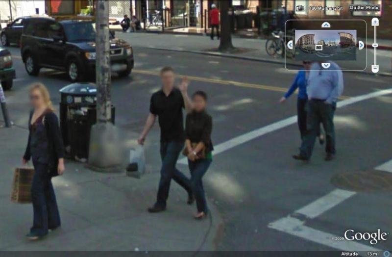 STREET VIEW : un coucou à la Google car  - Page 6 Coucou24