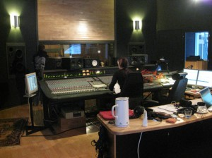 Blog :Few more songs' drums recorded Img_5121