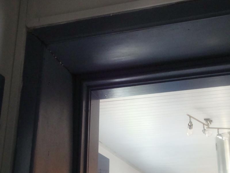 pour SABRI : chambranle de porte Dsc02310