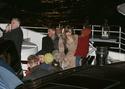 Pax comemora seu aniversario com sua familia em um barco em Paris. 0714