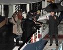 Pax comemora seu aniversario com sua familia em um barco em Paris. 2611