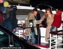 Pax comemora seu aniversario com sua familia em um barco em Paris. 3610