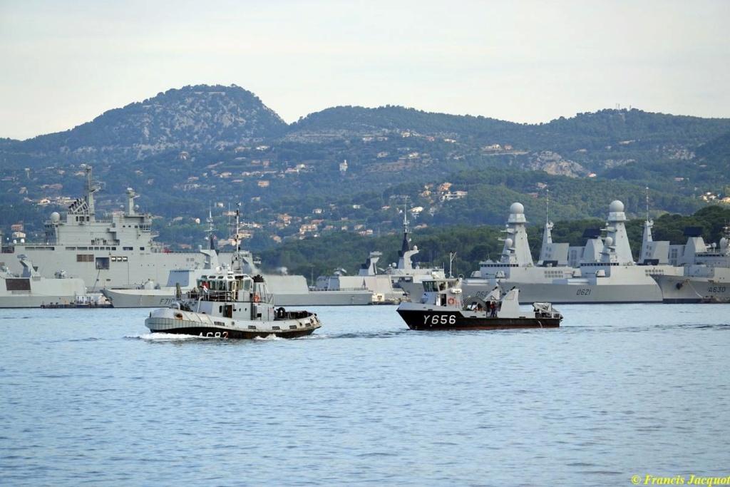 [Les ports militaires de métropole] Port de Toulon - TOME 1 - Page 38 02229