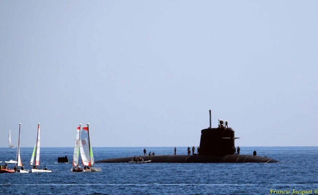 [LES PORTS MILITAIRES DE MÉTROPOLE] Mouvements de Bâtiments dans la rade de Toulon - Page 19 0226