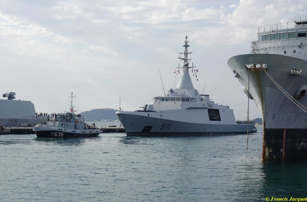 [Les ports militaires de métropole] Port de Toulon - TOME 1 - Page 38 03225
