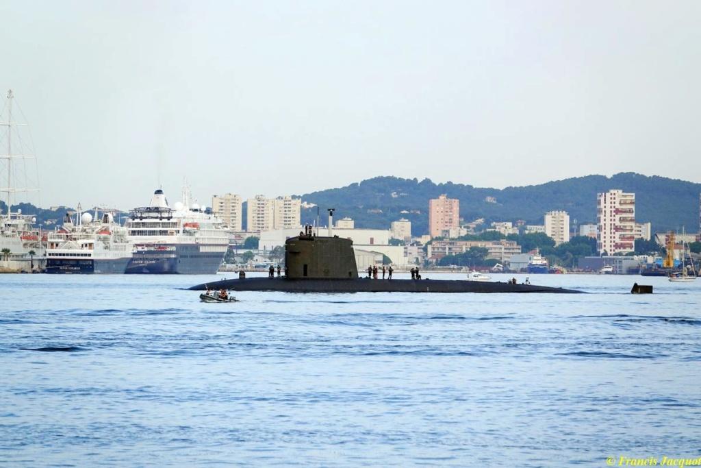 [Les ports militaires de métropole] Port de Toulon - TOME 1 - Page 38 03230