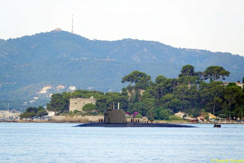 [Les ports militaires de métropole] Port de Toulon - TOME 1 - Page 38 04220