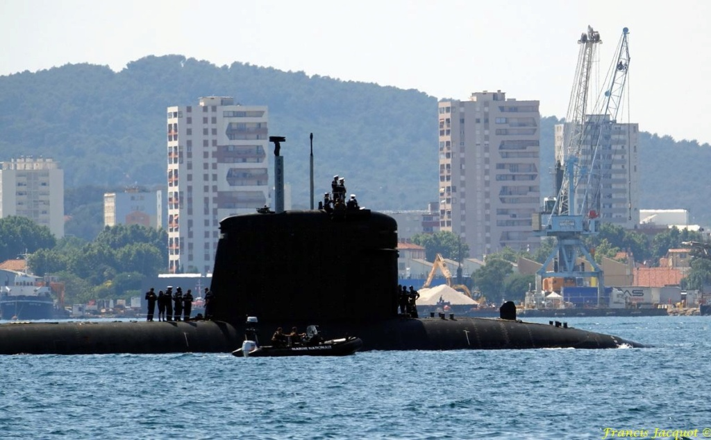 [LES PORTS MILITAIRES DE MÉTROPOLE] Mouvements de Bâtiments dans la rade de Toulon - Page 19 0623
