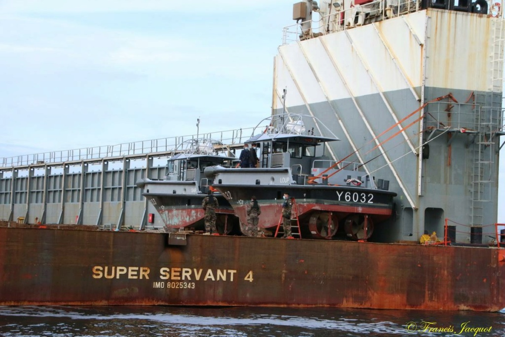[Les ports militaires de métropole] Port de Toulon - TOME 1 - Page 43 07254
