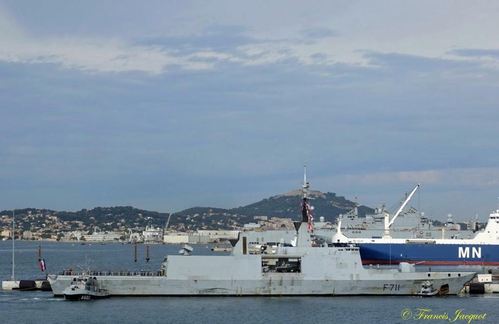 [Les ports militaires de métropole] 12° mission JEANNE D'ARC - Page 2 07268