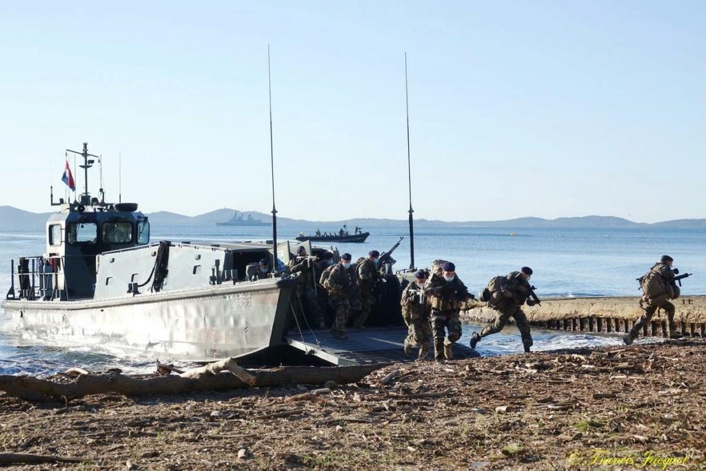 [Les Ports Militaires de Métropole] Toulon Exercice Dynamic Mariner 20 13167