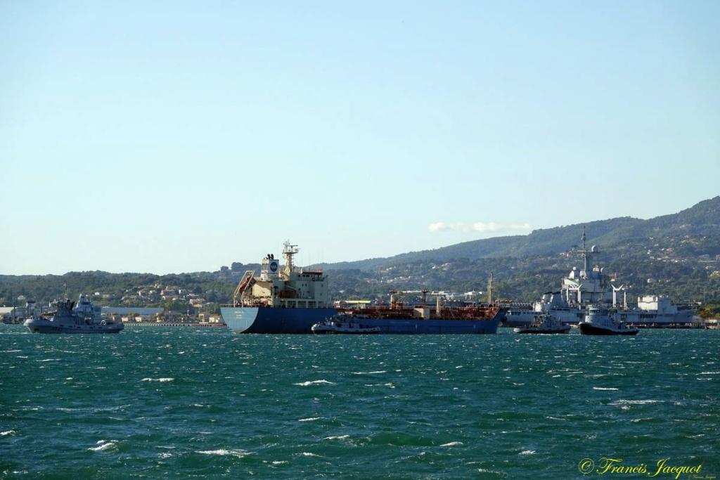 [Les ports militaires de métropole] Port de Toulon - TOME 1 - Page 6 Dsc00615