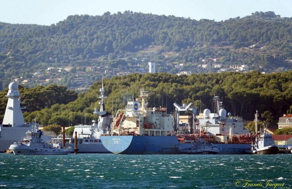 [Les ports militaires de métropole] Port de Toulon - TOME 1 - Page 6 Dsc00618