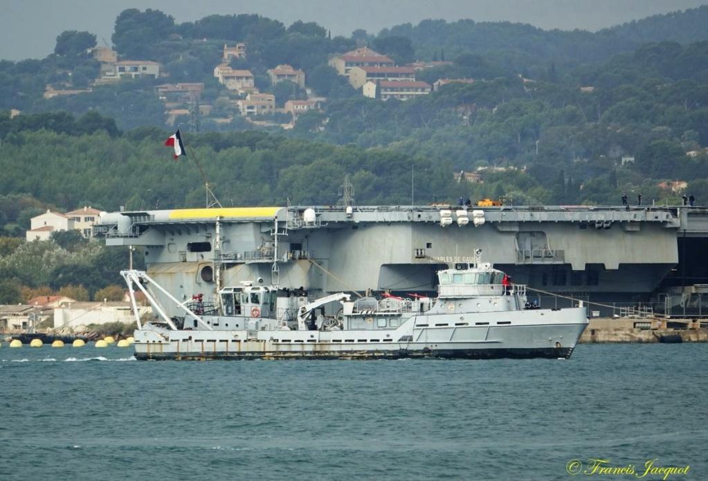 [Les ports militaires de métropole] Port de Toulon - TOME 1 - Page 40 Dsc01130