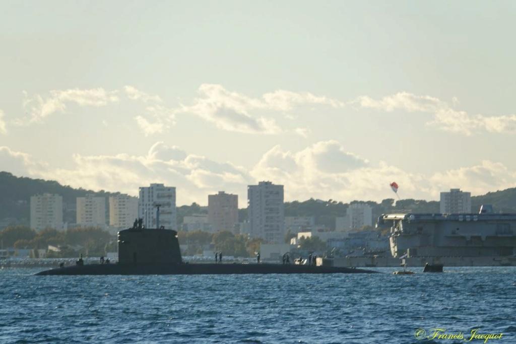 [Les ports militaires de métropole] Port de Toulon - TOME 1 - Page 40 Dsc01515