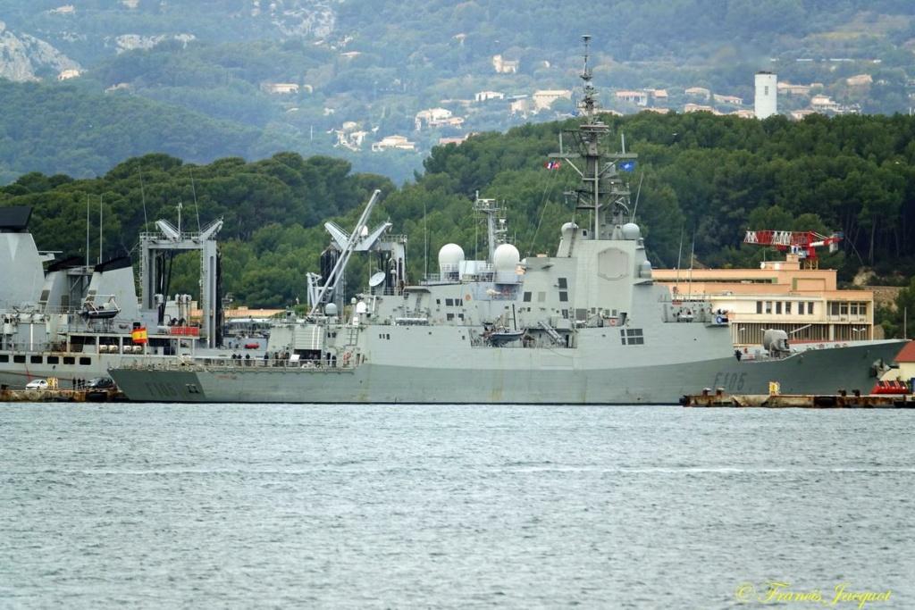 [Les ports militaires de métropole] Port de Toulon - TOME 1 - Page 41 Dsc01623