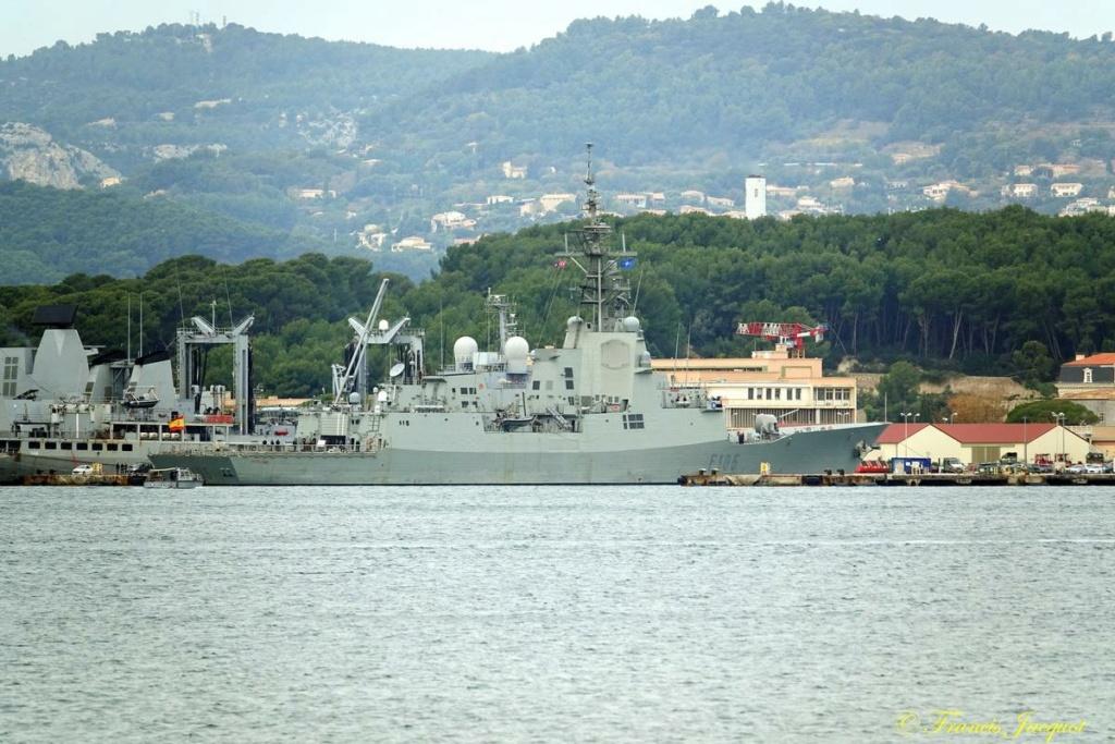 [Les ports militaires de métropole] Port de Toulon - TOME 1 - Page 41 Dsc01731