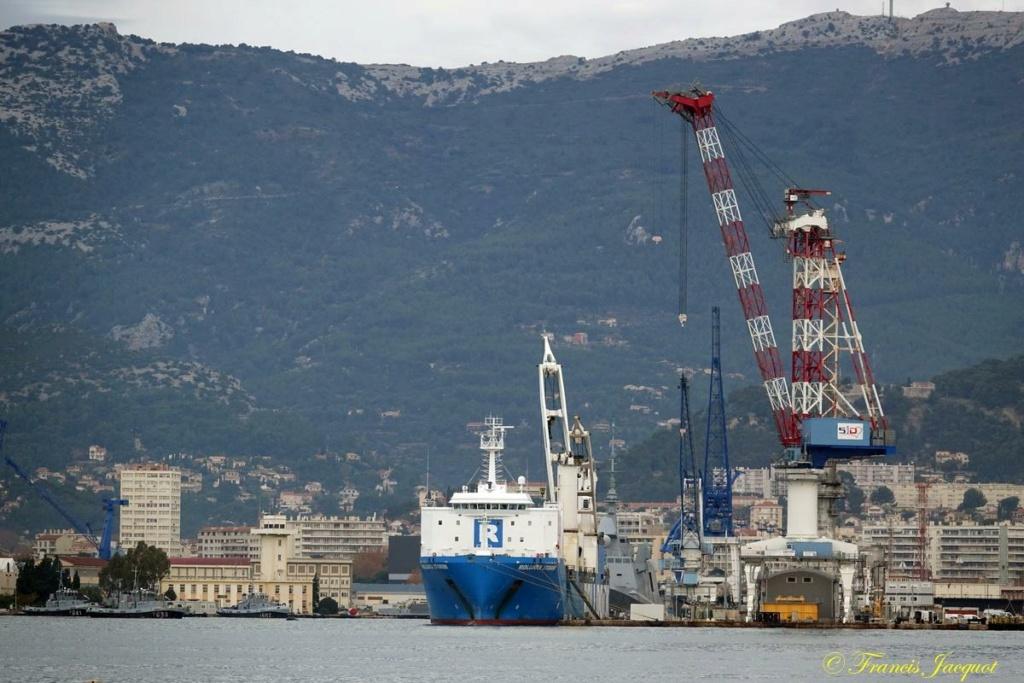 [Les ports militaires de métropole] Port de Toulon - TOME 1 - Page 41 Dsc01733