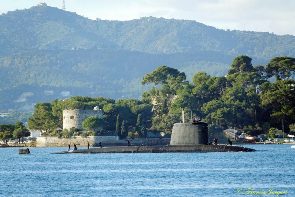 [Les ports militaires de métropole] Port de Toulon - TOME 1 - Page 42 Dsc01827