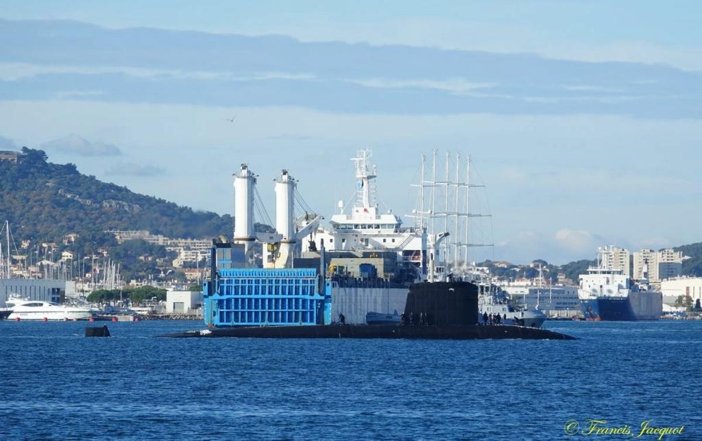 [Les ports militaires de métropole] Port de Toulon - TOME 1 - Page 42 Dsc01833