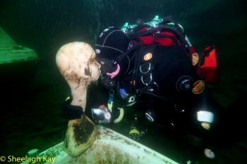 Vivian - Sunshine diving!! Dscf9219