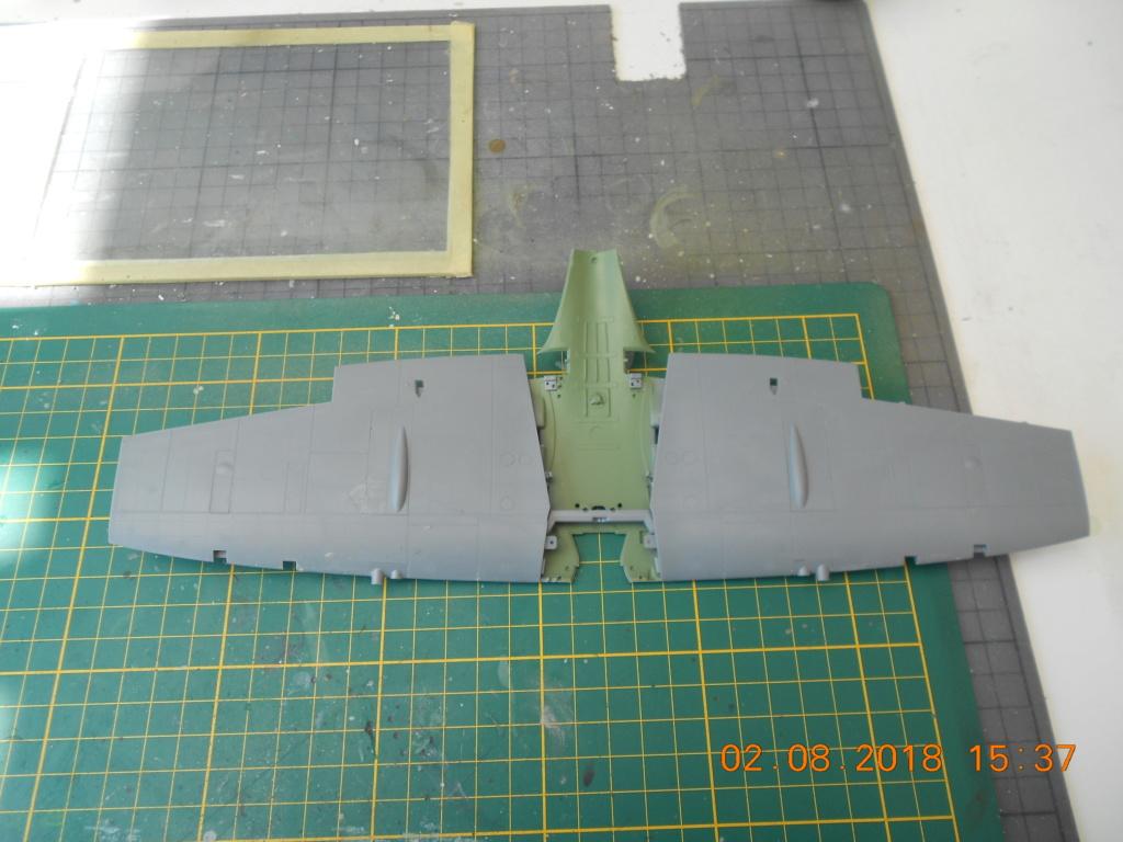 Supermarine Spitfire MK VIII 1/32 Tamiya  Aile_f14