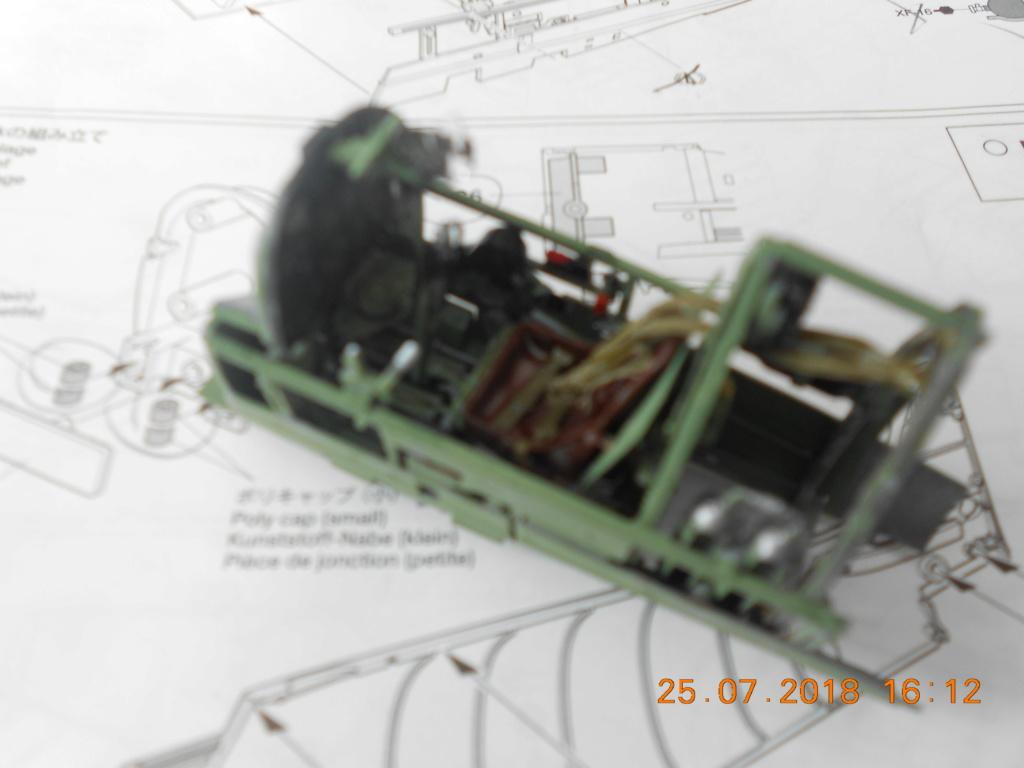 [TAMIYA] SUPERMARINE SPITFIRE Mk VIII 1/32ème Réf 60320 Bureau12