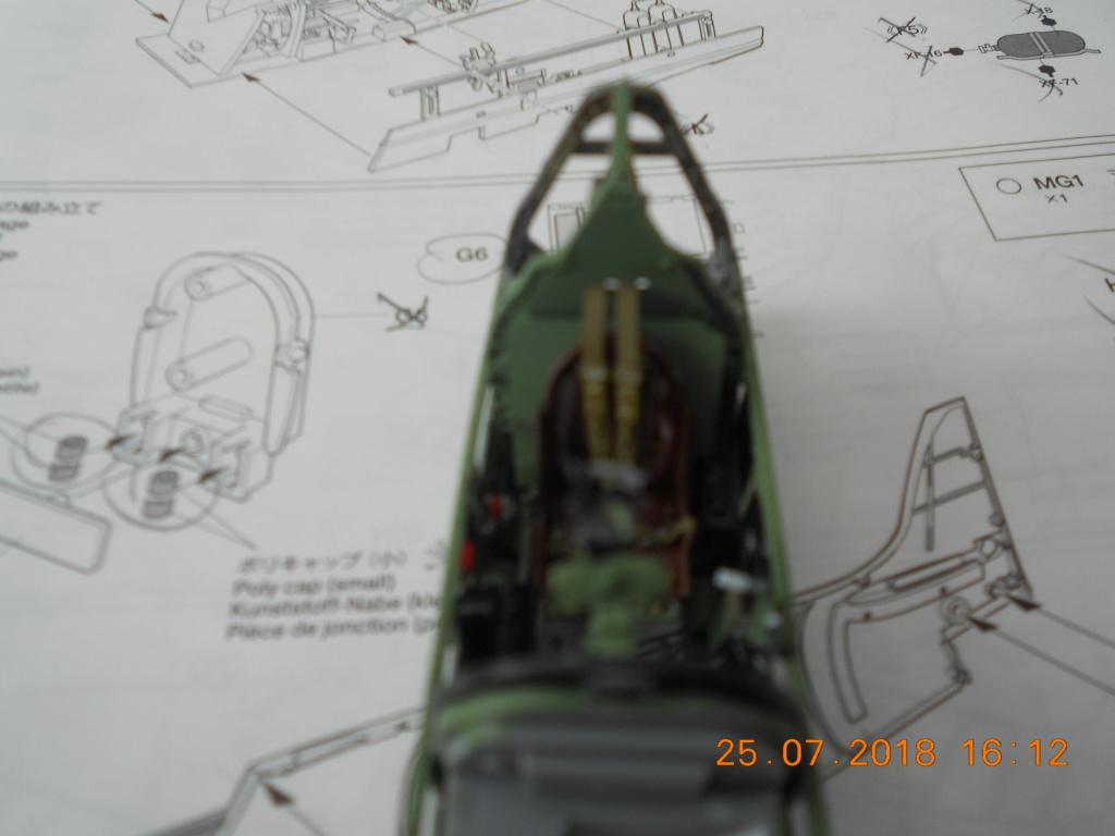 Supermarine Spitfire MK VIII 1/32 Tamiya  Bureau23