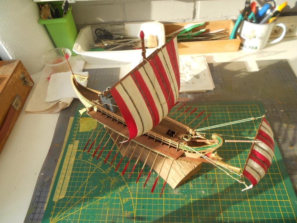 Roman Warship 1/72 Academy - Page 3 Cordag17