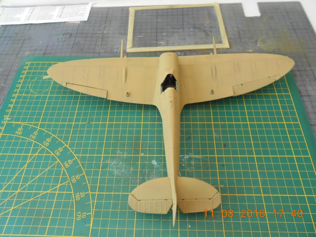 supermarine spitfire mk VIII 1/32 tamiya  - Page 2 Couleu19
