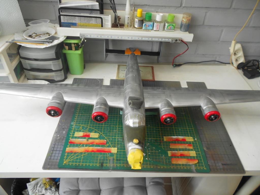 b-24j liberator au 1/32 hobby boss - Page 6 Couleu40