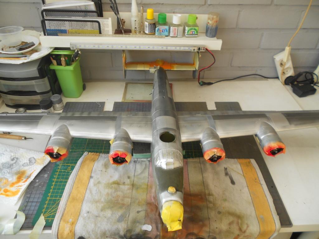 b-24j liberator au 1/32 hobby boss - Page 6 Couleu45