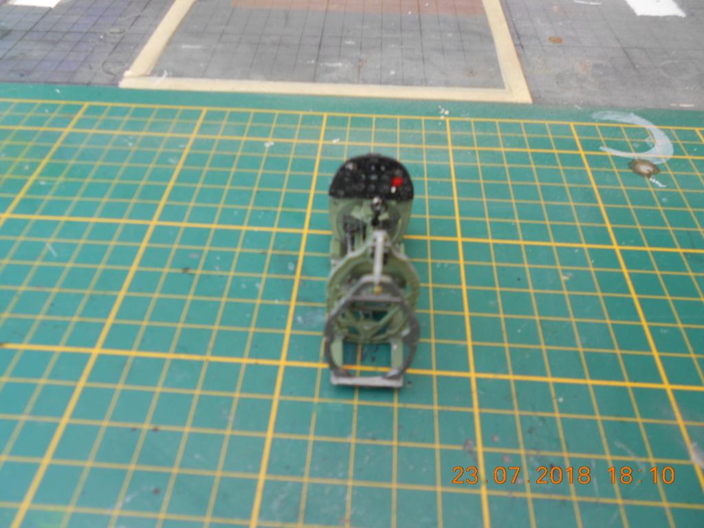 [TAMIYA] SUPERMARINE SPITFIRE Mk VIII 1/32ème Réf 60320 Dscn0125