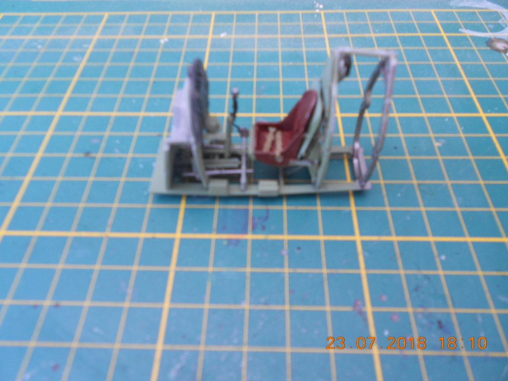[TAMIYA] SUPERMARINE SPITFIRE Mk VIII 1/32ème Réf 60320 Dscn0126