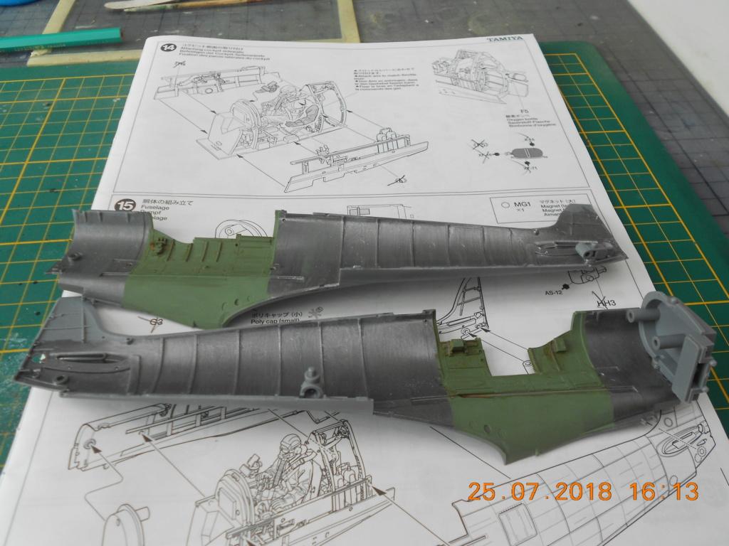 [TAMIYA] SUPERMARINE SPITFIRE Mk VIII 1/32ème Réf 60320 Dscn0139