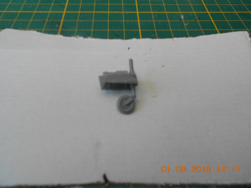 supermarine spitfire mk VIII 1/32 tamiya  - Page 2 Dscn0144