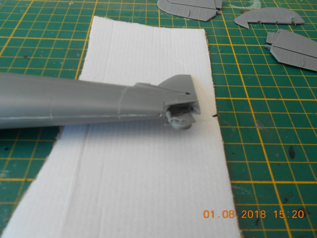 supermarine spitfire mk VIII 1/32 tamiya  - Page 2 Dscn0146