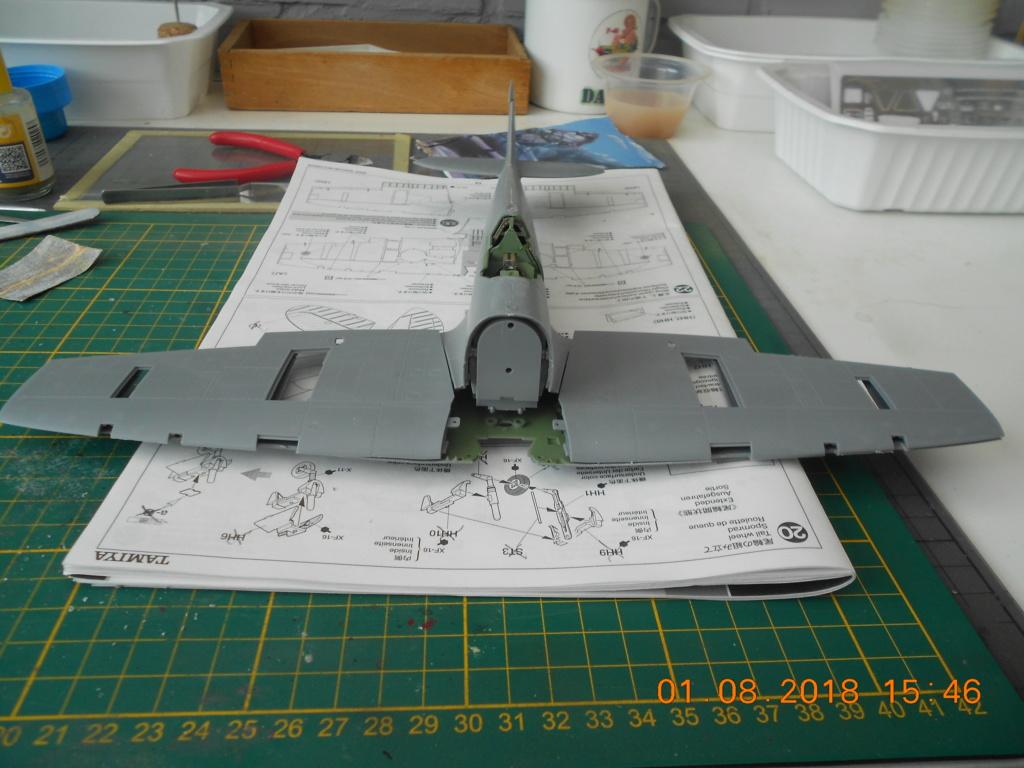 Supermarine Spitfire MK VIII 1/32 Tamiya  Dscn0159