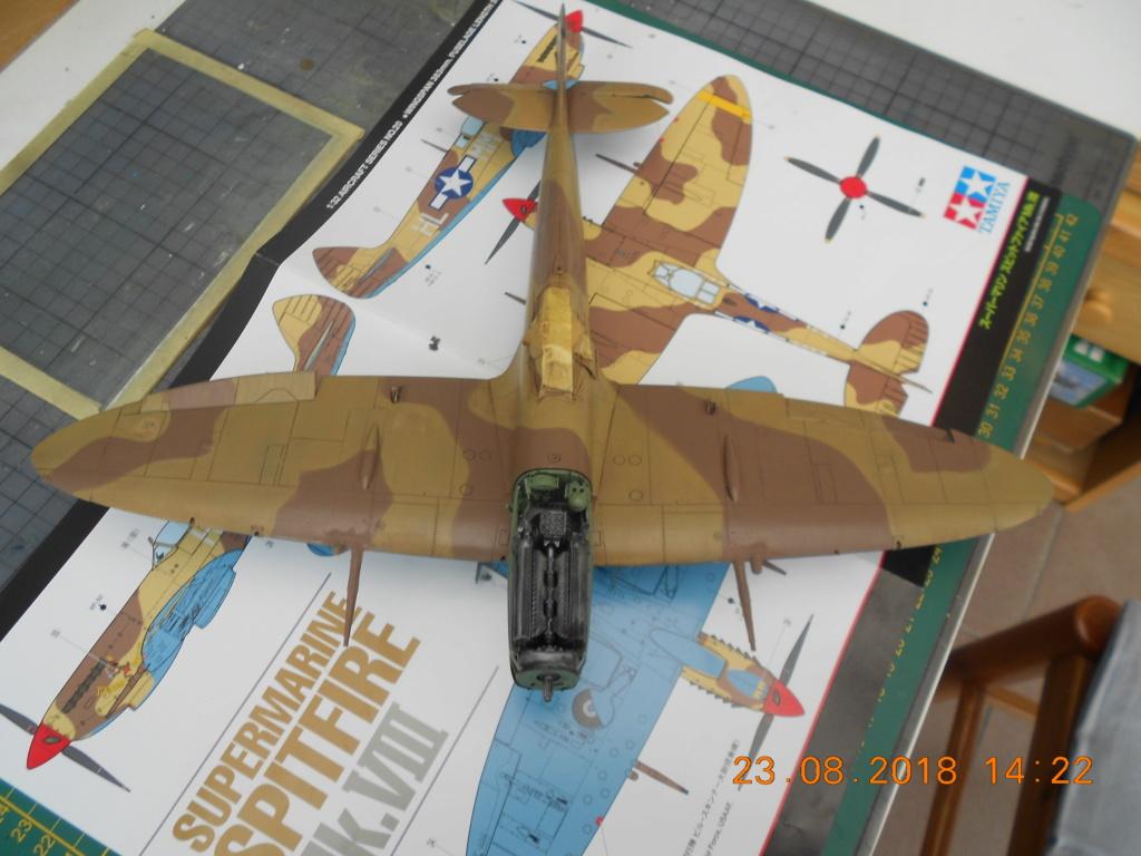 Supermarine Spitfire MK VIII 1/32 Tamiya  - Page 2 Dscn0226