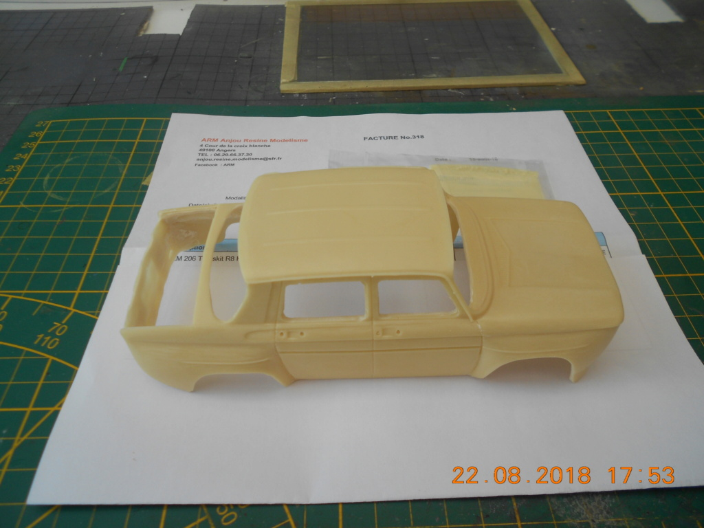 Renault R8 Gordini Heller au 1/24 Dscn0253